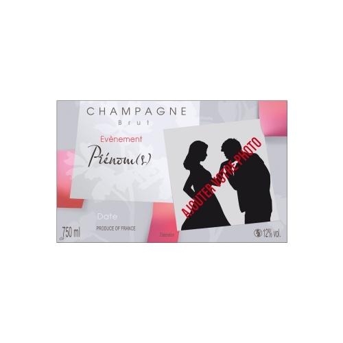 Étiquette grise pour un évènement avec des touches de couleurs roses