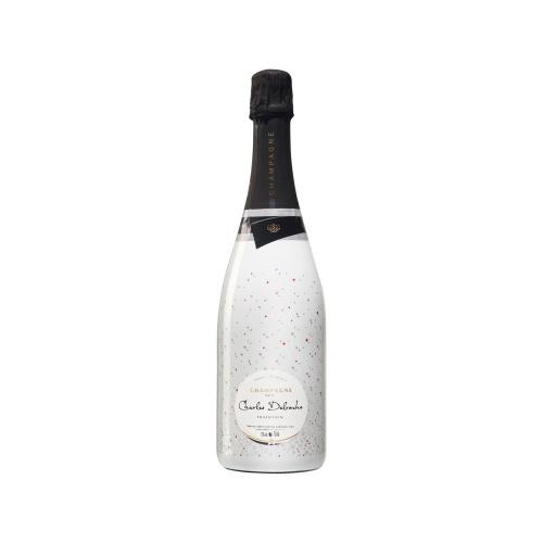 Sleeve blanc avec des petits symboles sur une bouteille de Champagne